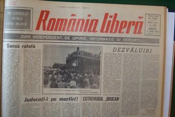 manifestatia din 1990 din piata universitatii ii