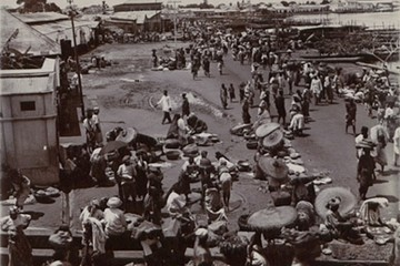 lagos market taramul fagaduintei chris abani