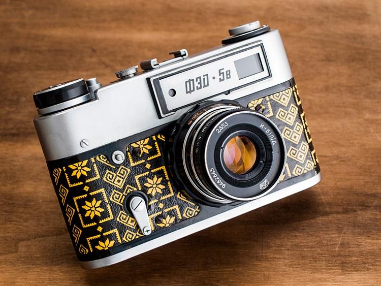 folk camera