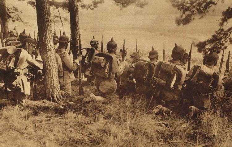 obeliscul negru infanterie germana